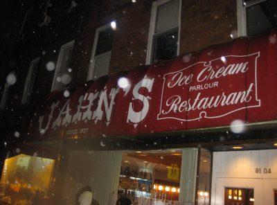 The Last Jahn's Ice Cream Parlor in New York