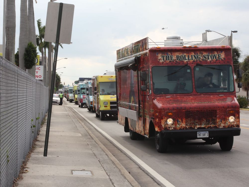 The Rolling Stove at the Largest Parade of Food Trucks