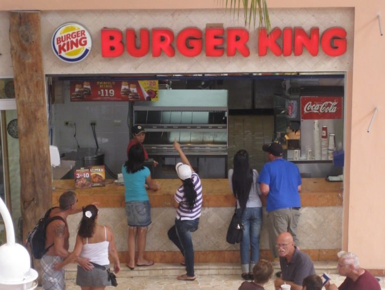 I Ate a Cheesy Whopper from Burger King in Mexico