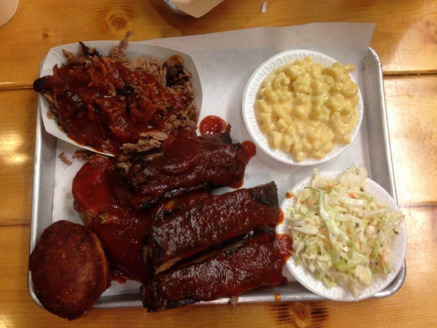 Mrs. Smokey's BBQ Platter