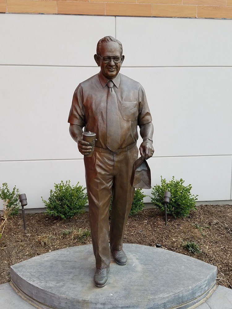 Dave Thomas Statue outside of the flagship Wendy's store