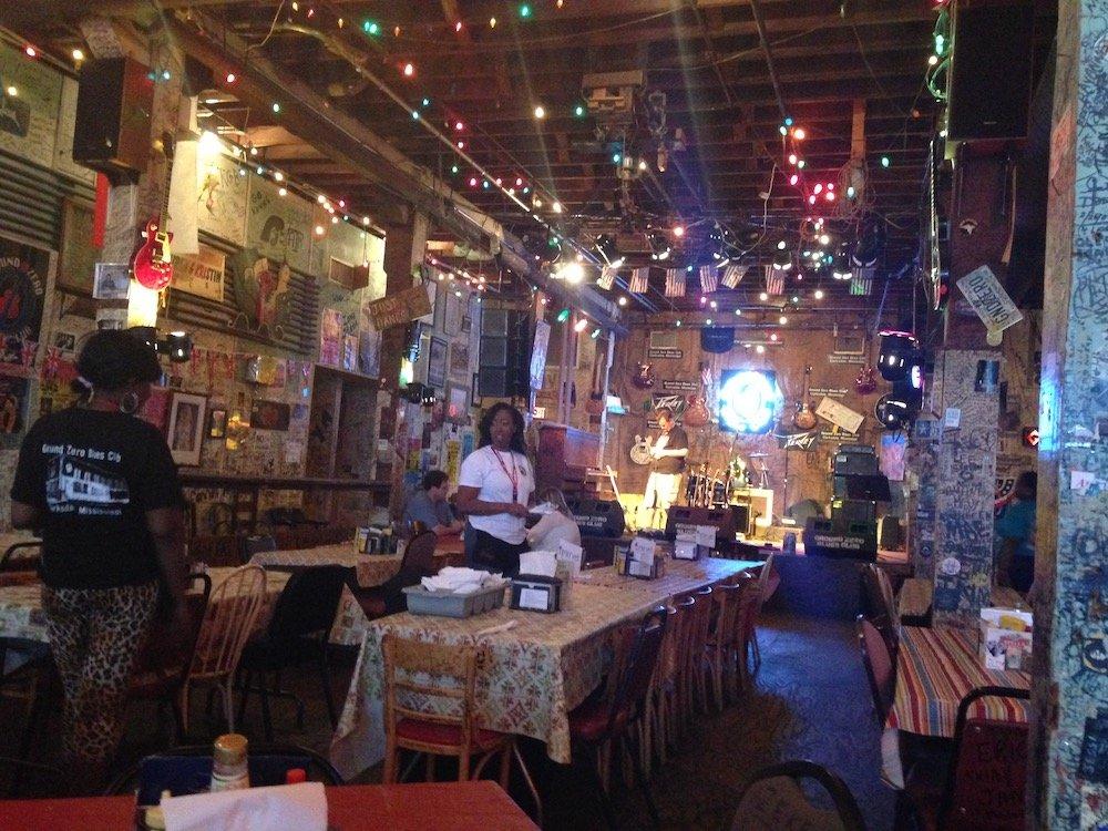 Inside of Ground Zero Blues Club