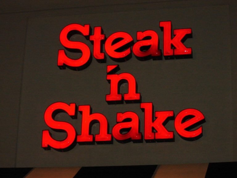 Steak 'n Shake History, Food Pictures & My Thoughts