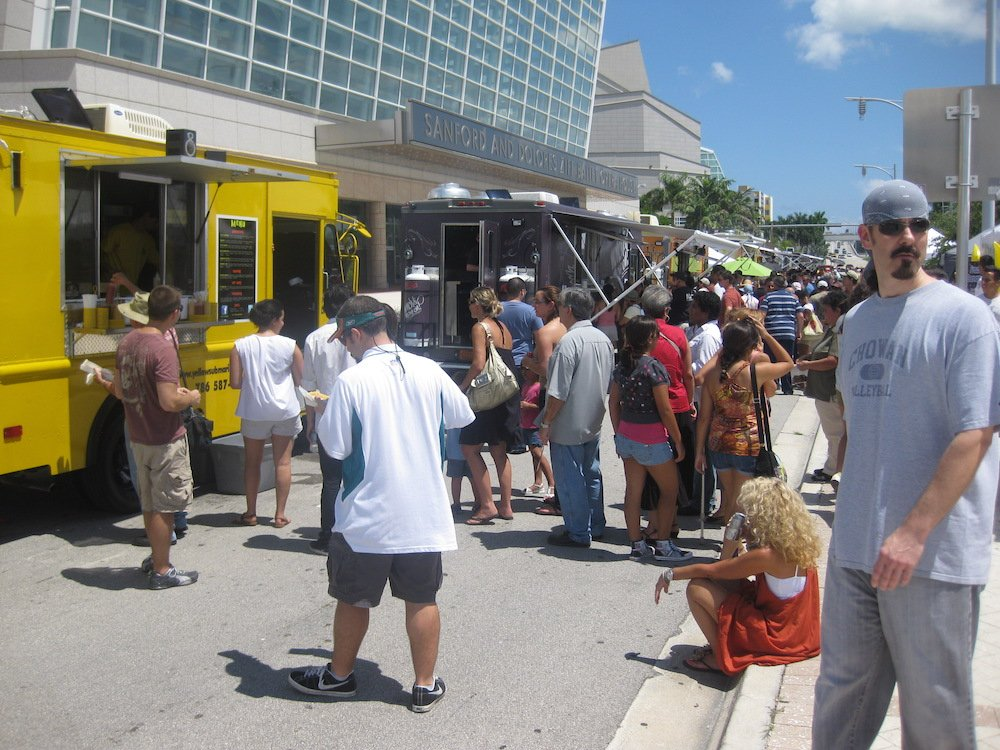 The Food Truck lines at the Fall For The Arts